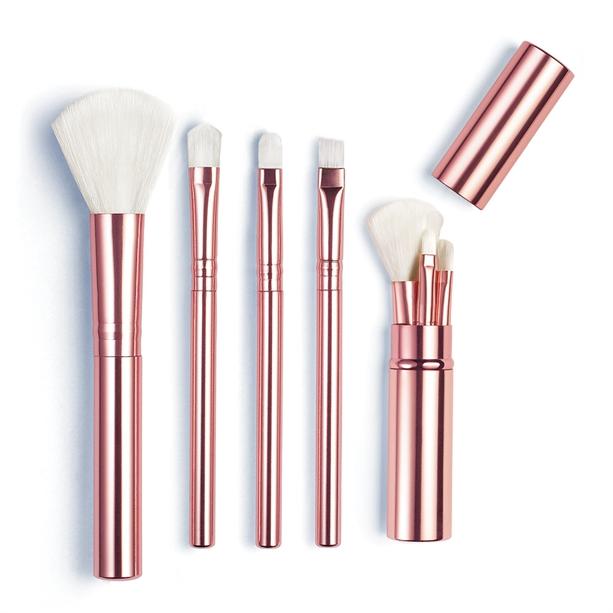 Mini Set De Pensule Snowstorm Catalog Avon Online Produse Avon