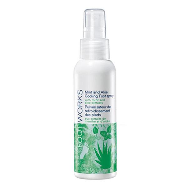 Spray racoritor pentru picioare cu aloe si menta Footworks - Catalog Avon